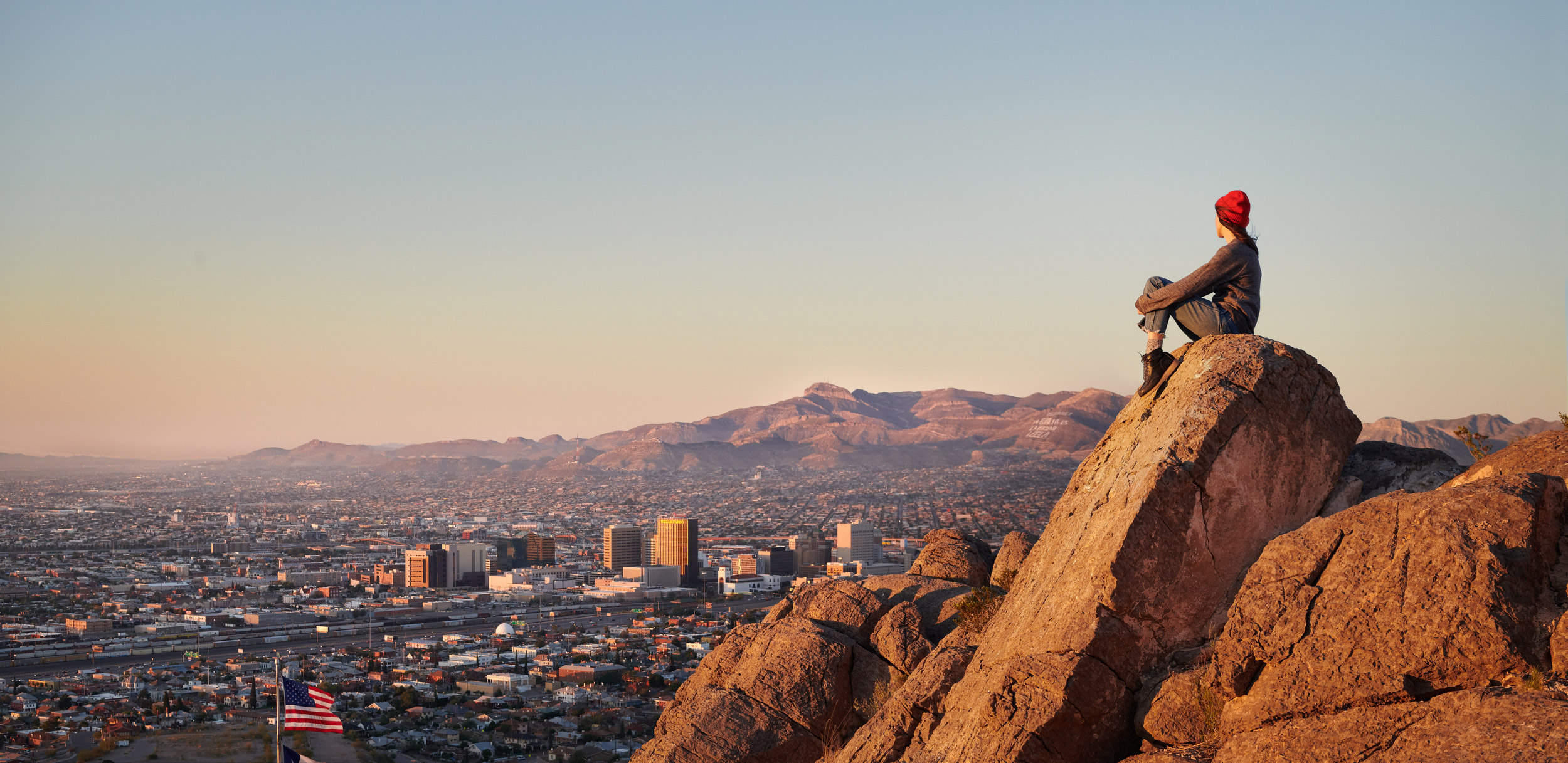 Nick_Simonite_ScenicOverlook_ElPaso_Texas